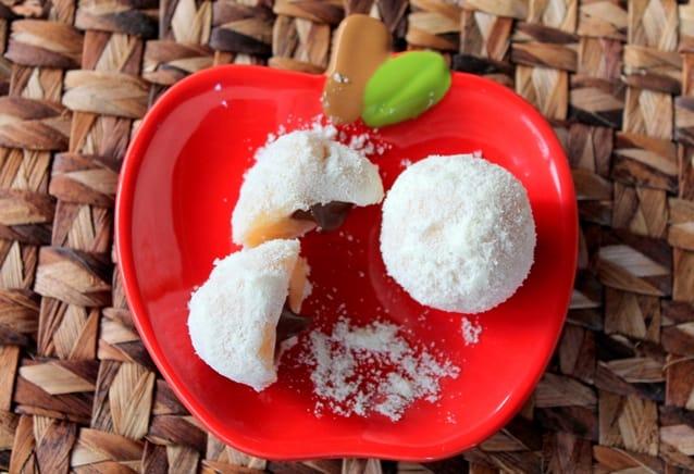 Feito à mão brigadeiro leite em pó com creme de avelã3