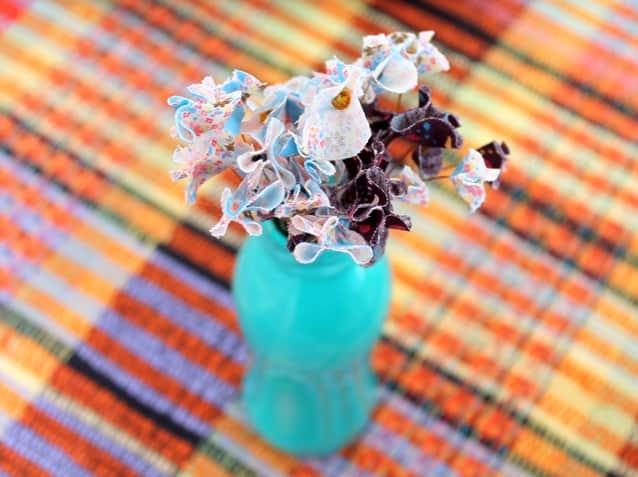 como fazer flor de tecido10