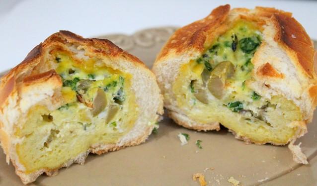 pão assado com omelet6e