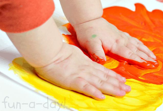 Criança e artesanato primeiras habilidades