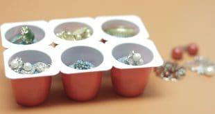 Porta-Bijuteria com embalagem de iogurte danoninho