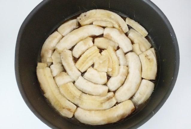 bolo de banana caramelada banana caramelizada