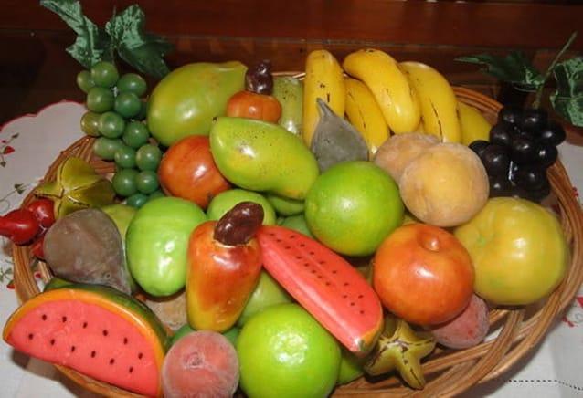 velas e parafina frutas