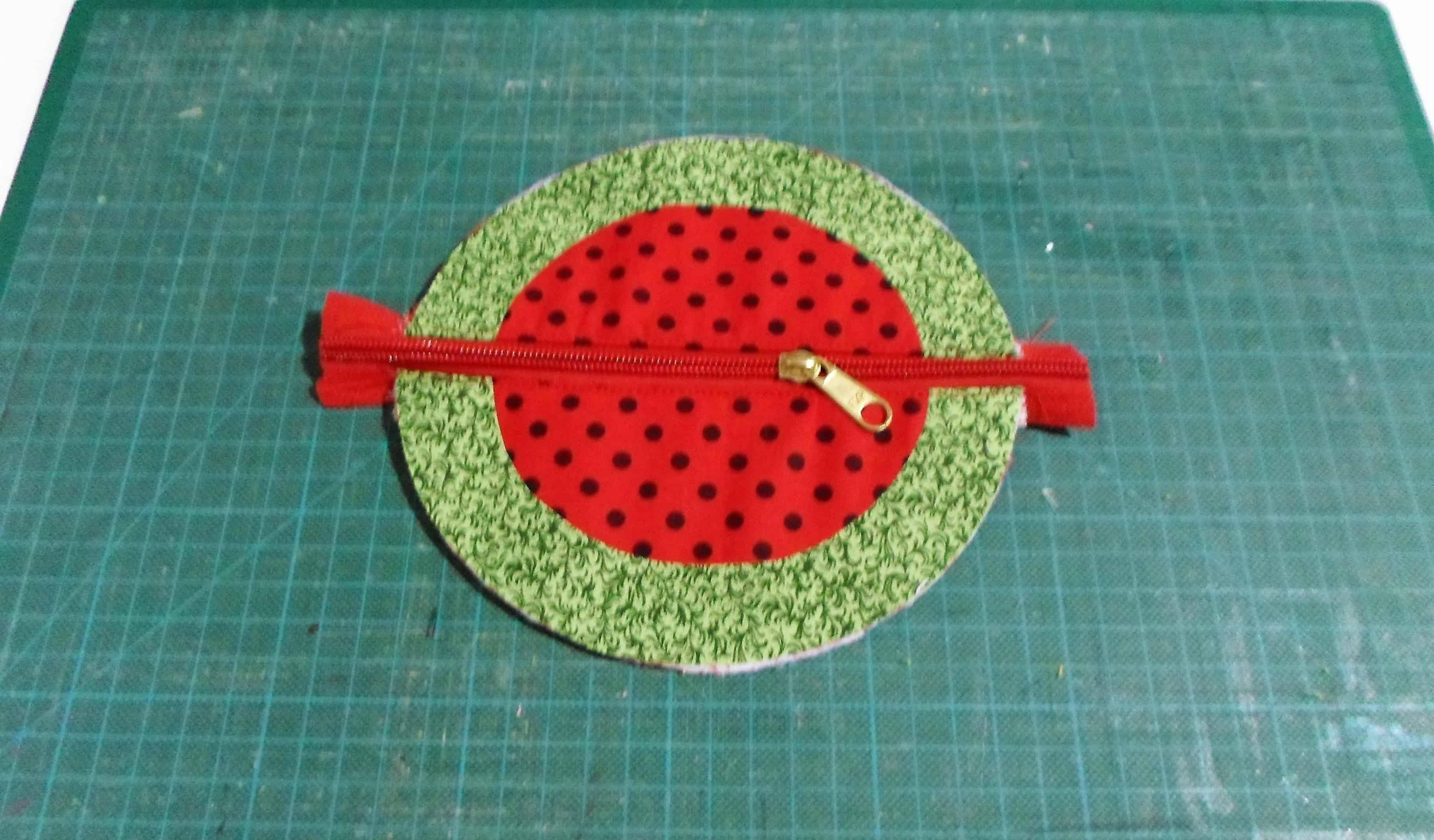 Porta-moeda de melancia feito à mão 15