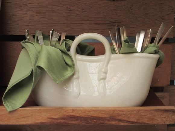Como organizar talheres e utensílios na cozinha