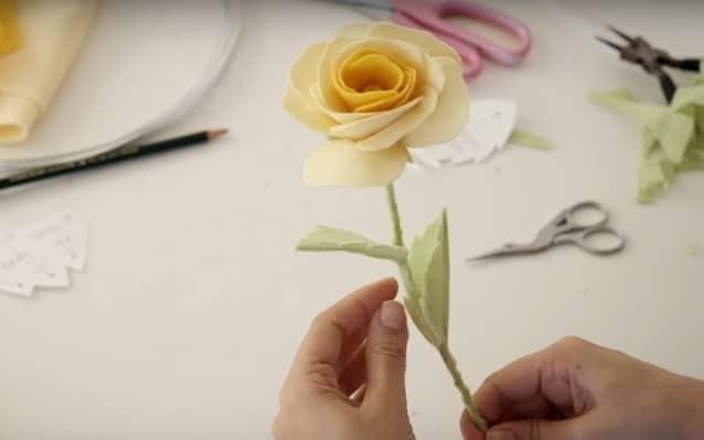 flor de feltro pronta annita