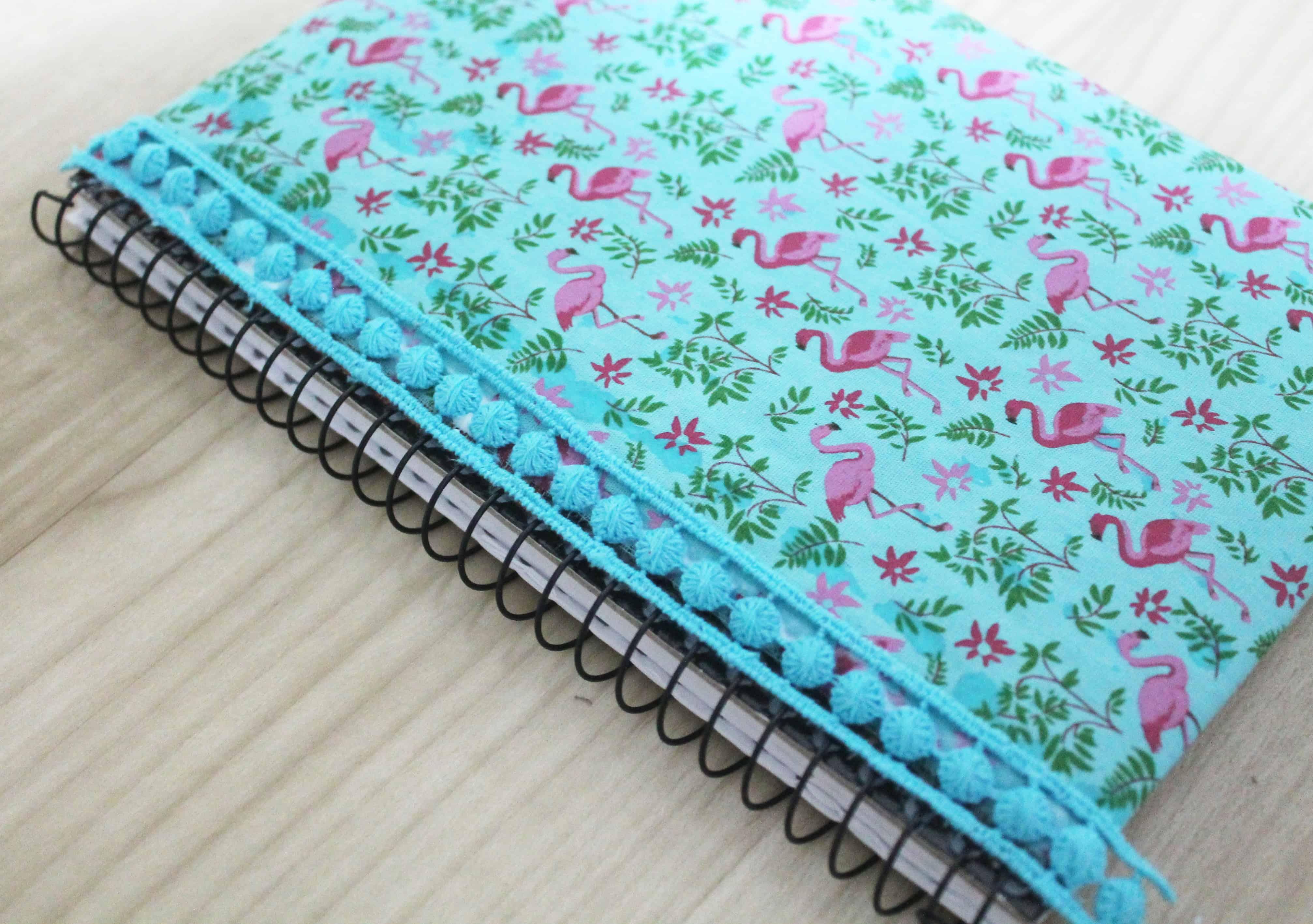 como encapar tecido com caderno