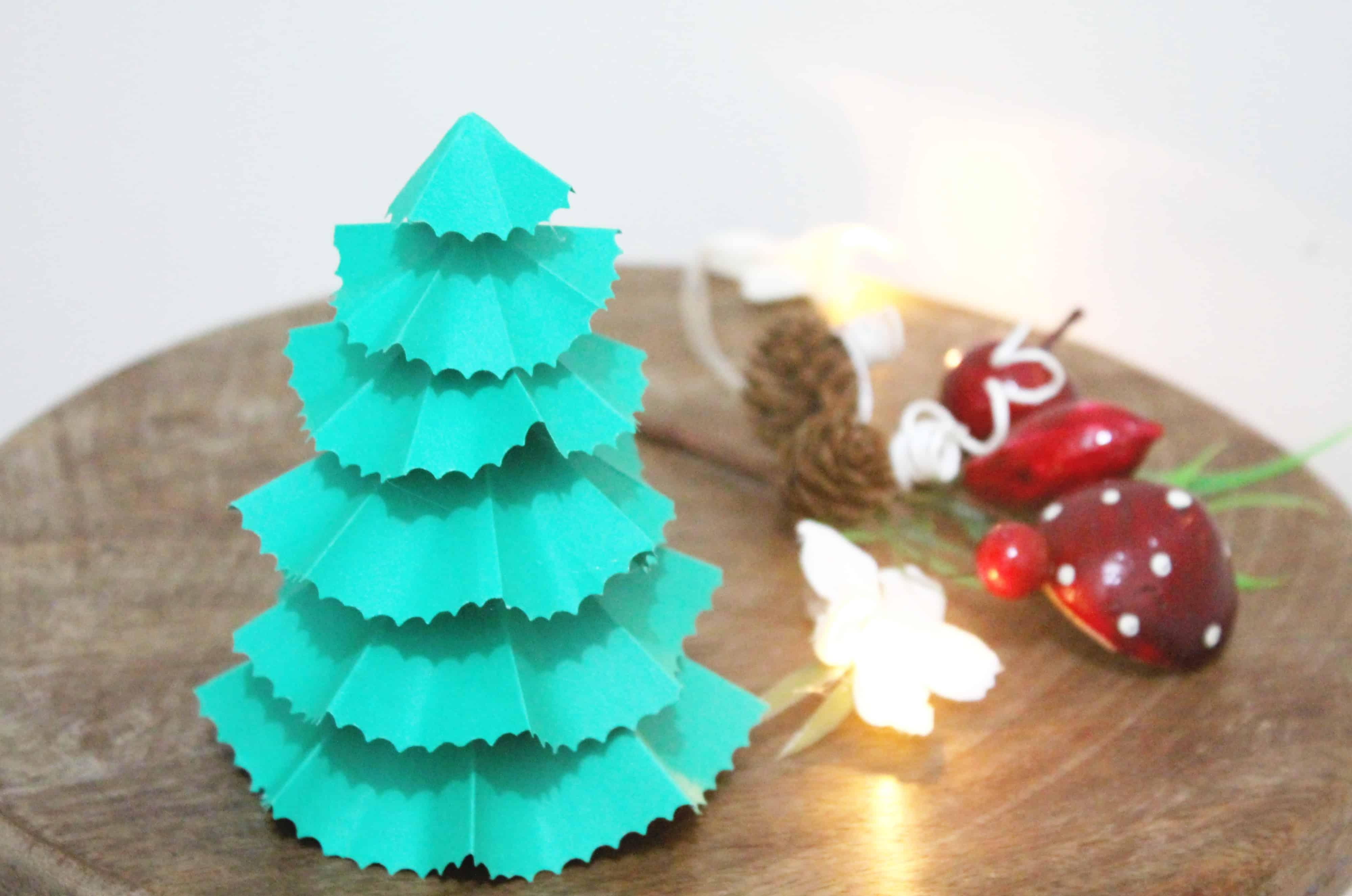 árvore de Natal de papel passo a passo