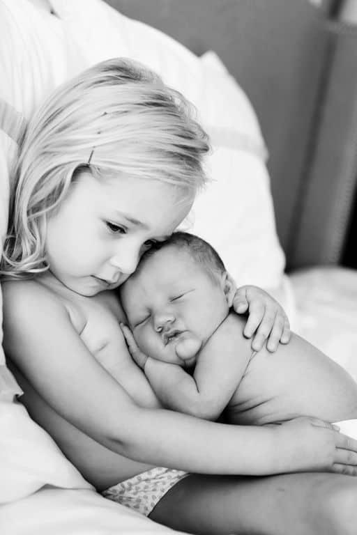 Como preparar o irmão mais velho para a chegada do bebê