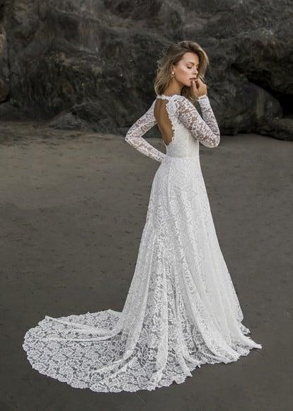 Noiva com vestido Evasê.