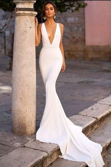 Vestido de noiva estilo sereia.